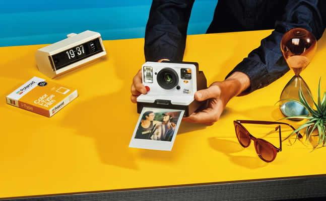 Η Polaroid Originals επιστρέφει με νέα φωτογραφική μηχανή στιγμιαίας εκτύπωσης